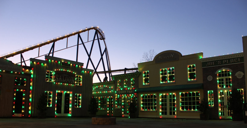 Holiday in the Park - Fireside Bar & Grill with Nitro