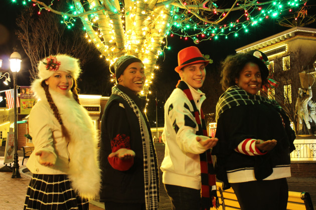 Holiday in the Park - Jingle Jammers Carolers