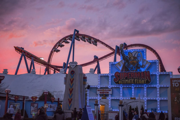 Holiday in the Park - Superman Ultimate Flight at Dusk